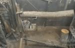 Очень удобная металлическая стойка для распила бревен