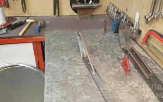 Переносной стол-тумба из металлической бочки