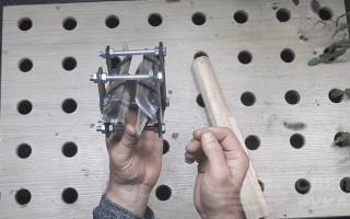Приспособа для изготовления черенков для садового инструмента