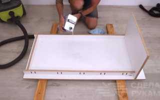 Необычный уличный столик из бетона и арматуры