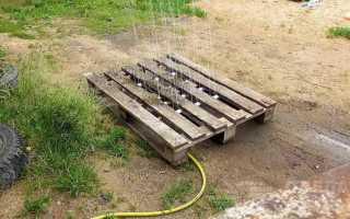 Нестандартный летний душ на дачу из старого поддона