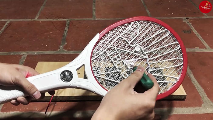 Как сделать электрическую ловушку на 12 вольт для мышей и крыс